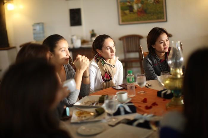 Neutrogena Ambassadors are Manila's current beauty icons: Solenn Heusaff, Patty Laurel, Isabel Roces, Georgia Schulze-del Rosario; and Manila's top beauty bloggers: Hannah Villasis, Phoebe Ann Ramos, Jane Kingsu-Cheng, and Earth Rullan.