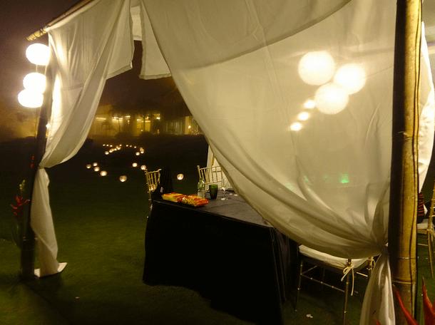 Taal Vista Hotel Romantic outdoor dinner
